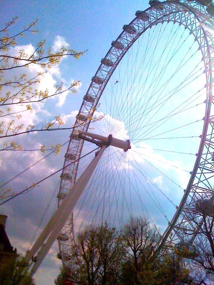 London in the sun <3