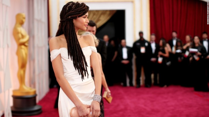 150224110052-zendaya-oscars-red-carpet-super-169